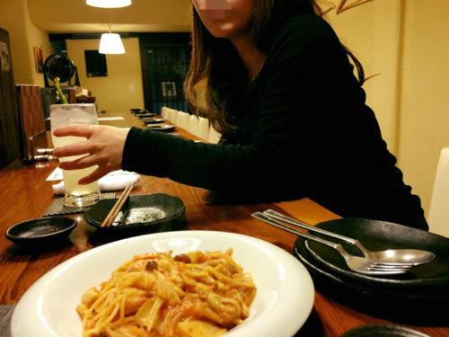 出会い系の中出し女性とディナー