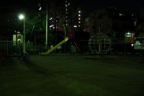 夜の公園画像