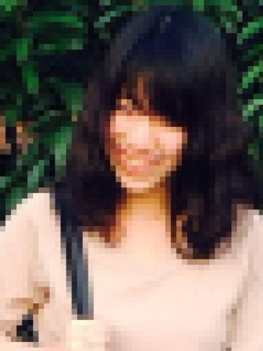 黒髪が似合う女の子、ななちゃん